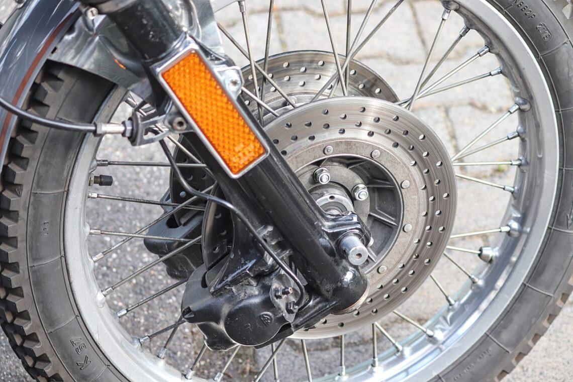 moto usure plaquette de freins